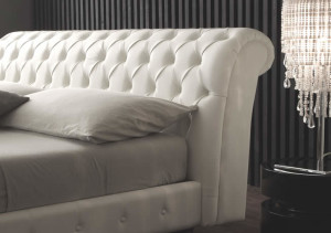 giroletto-matrimoniale-luxury-chesterfield-capitonne